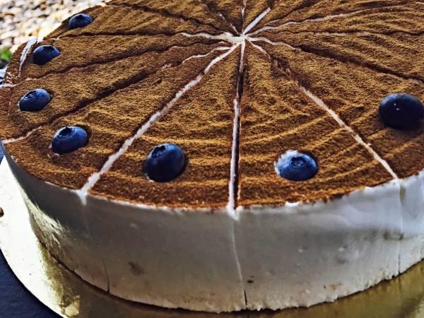 dort-dezert-zakusky-mabu-kavarna